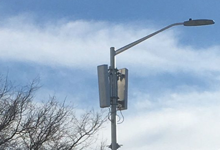 The Challenges and Solutions to Small Cell Deployment